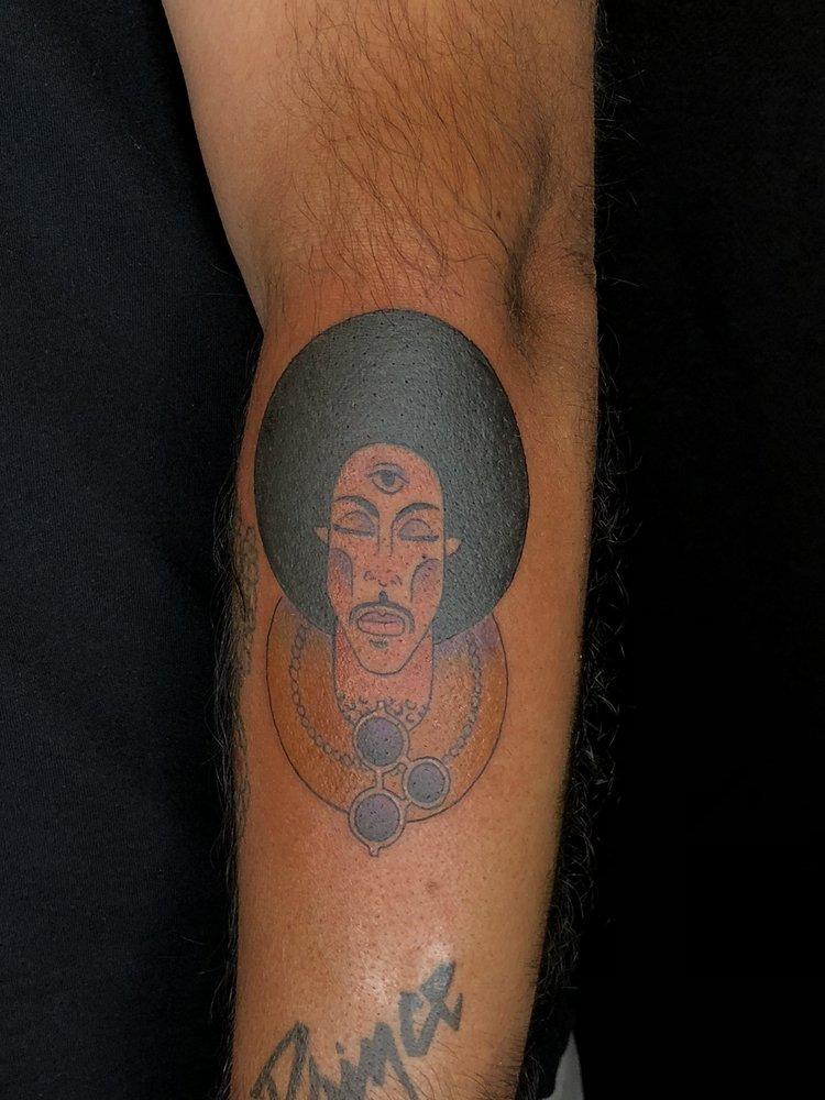 Signature Tattoo: 230 W 9 Mile Rd, Ferndale, MI