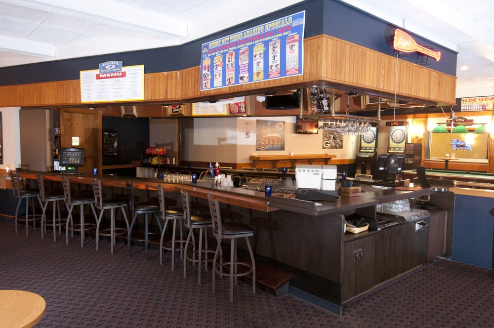 Aviator Sports Bar & Grille - 23 Reviews - Sports Bars ...