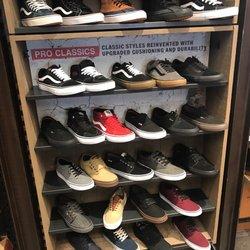 vans shoe store jobs