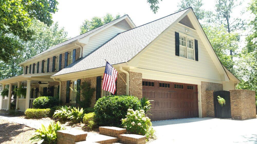 Dunwoody Door Lift: 5198 Meadowlake Ln, Atlanta, GA