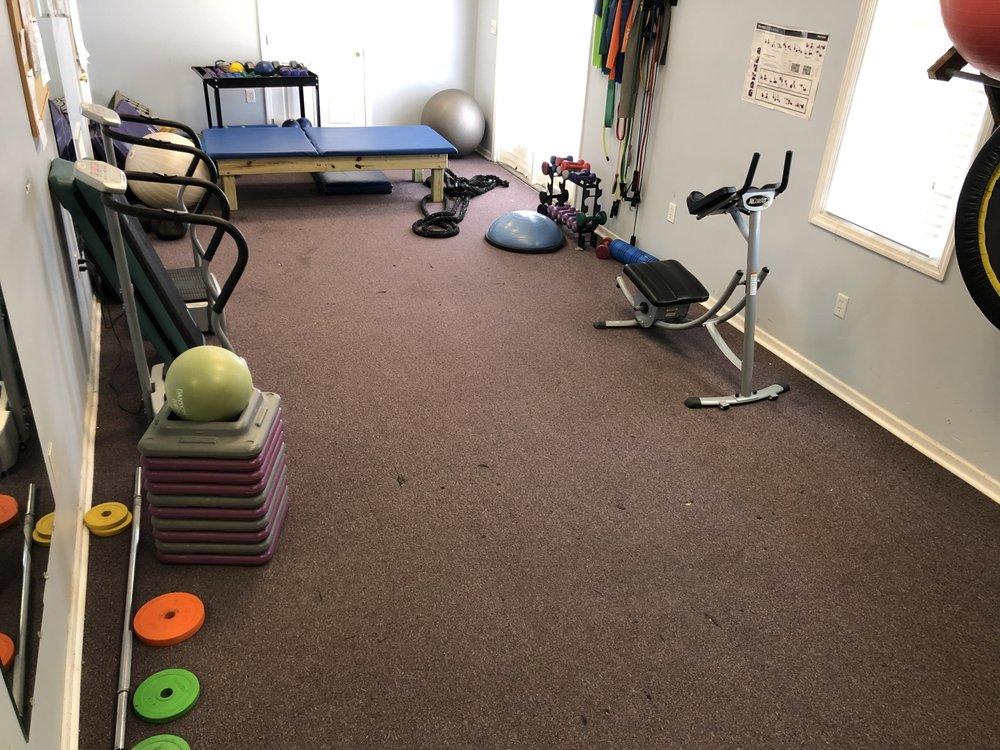 Bella Luna Fitness & Tanning: 100 Hagan Ave, Childersburg, AL
