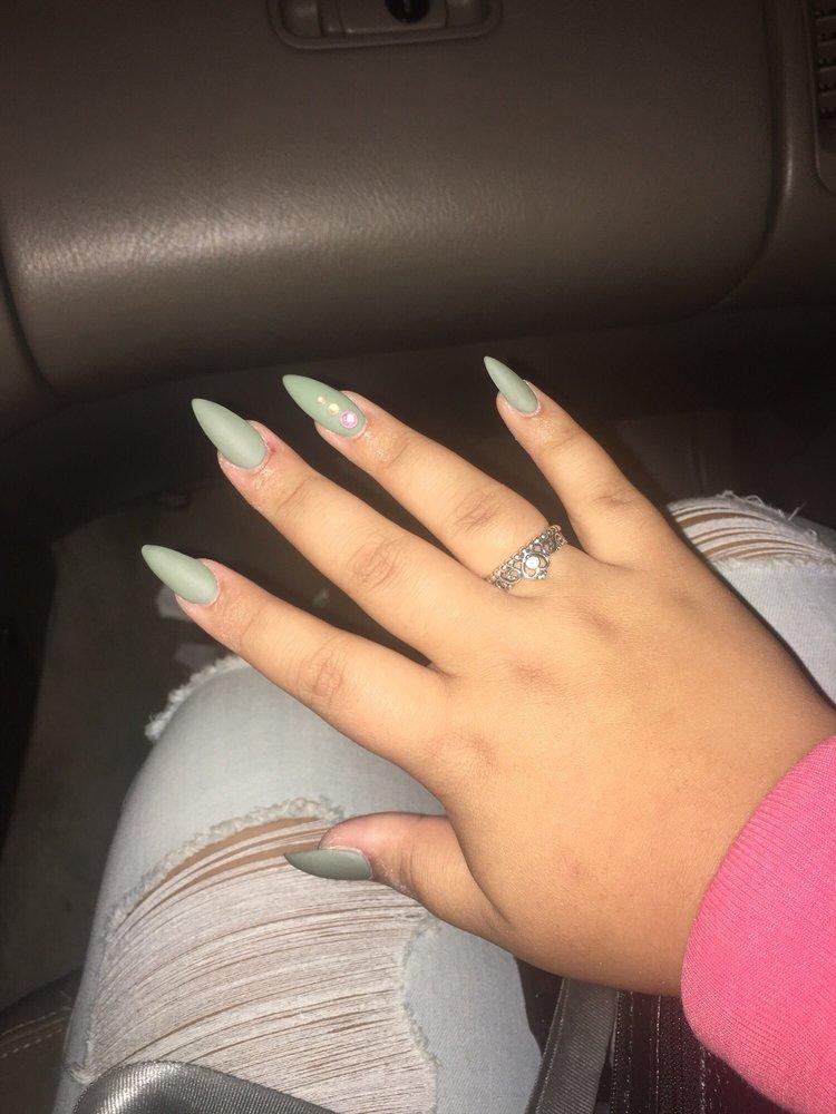 Color Me Nails: 411 N Fruitland Blvd, Salisbury, MD