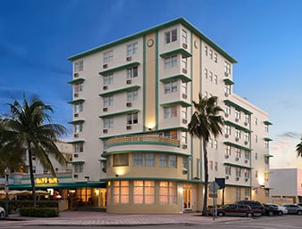 Days inn suites miami north beach oceanfront 29 photos for Terrace hotel contact number
