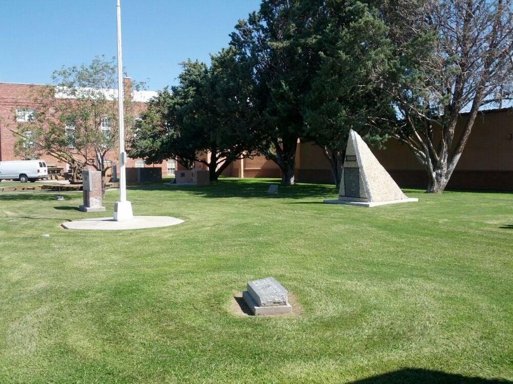Veterans Park: 301 S Silver Ave, Deming, NM
