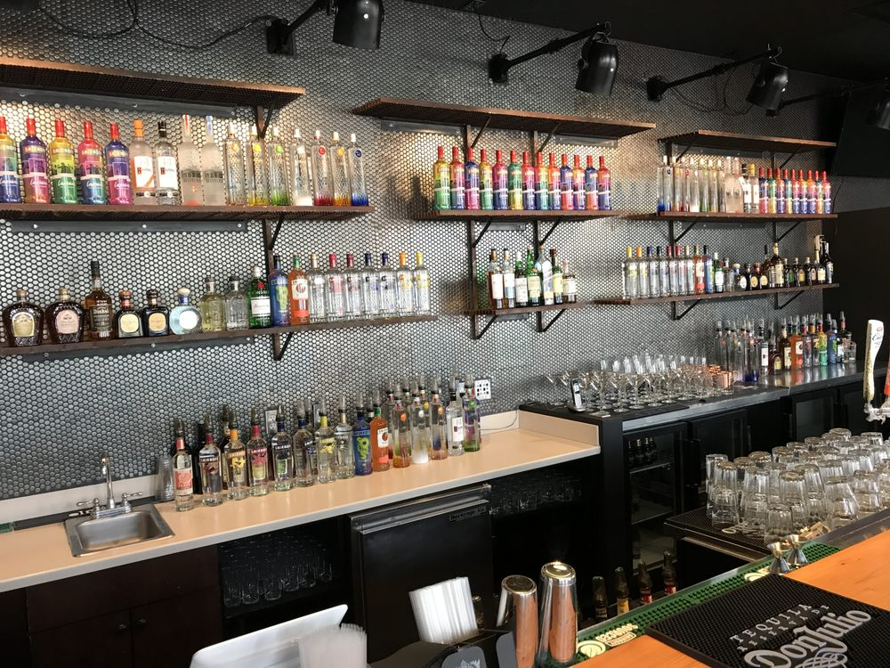 18 Gay Clubs In Denver