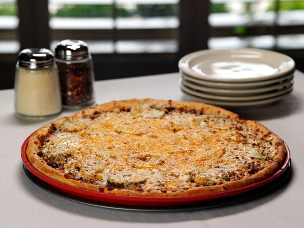 Minsky's Pizza: 7007 NW Barry Rd, Kansas City, MO