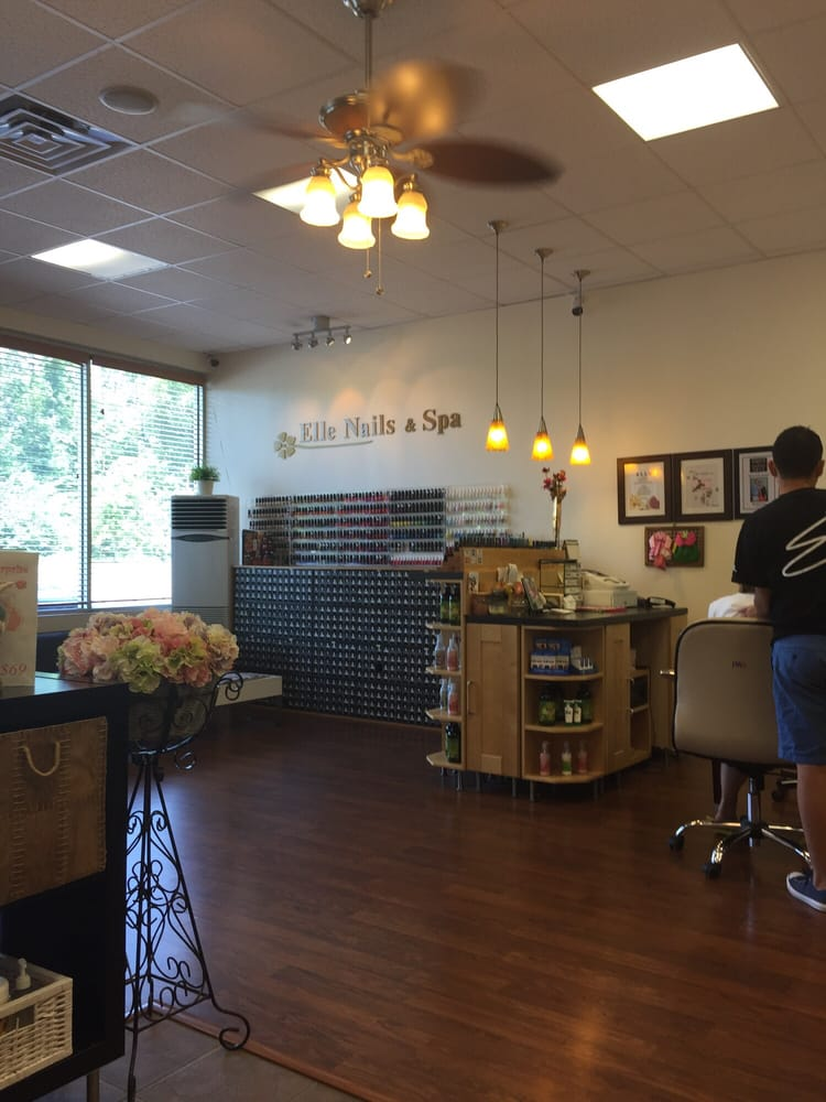 Elle Nail Spa Berlin Ct