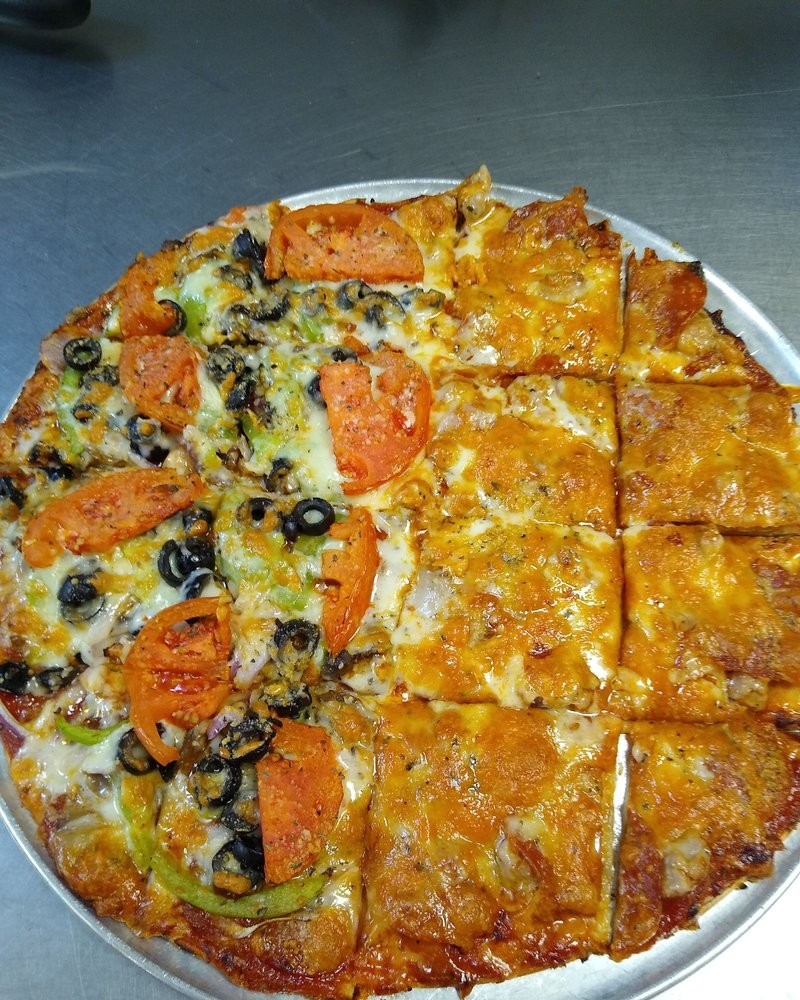 Imo's Pizza Parlor: 678 Sycamore Dr, Sullivan, MO