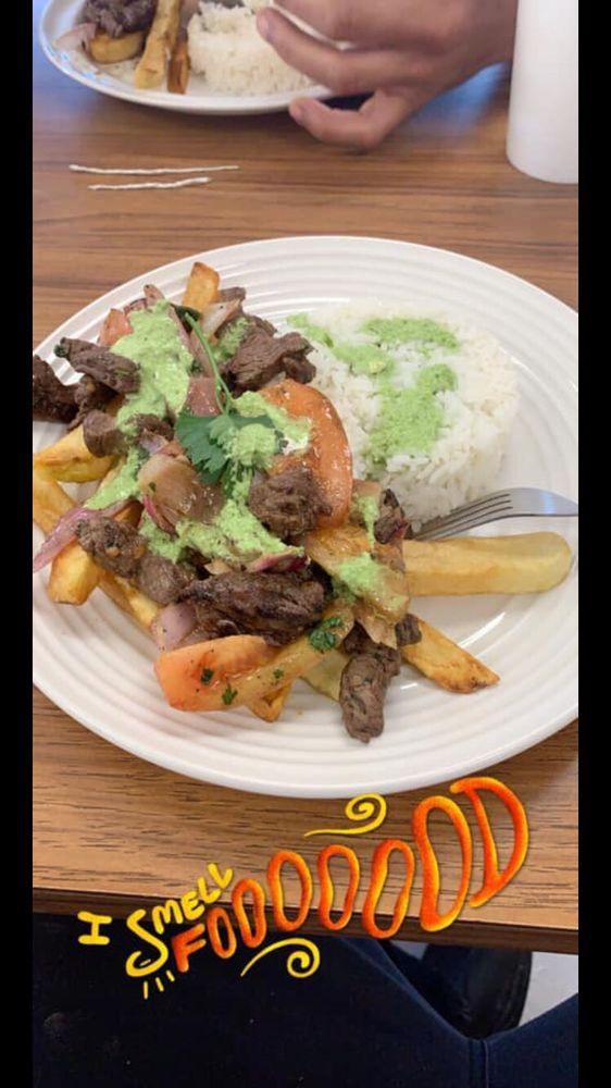 Gabriella's Restaurant: 325 E Broad St, Dunn, NC