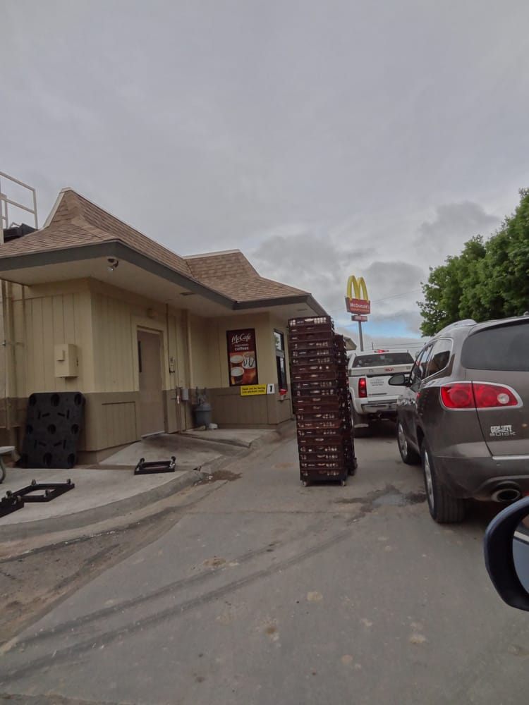McDonald's: 1550 S Central Ave, Sidney, MT
