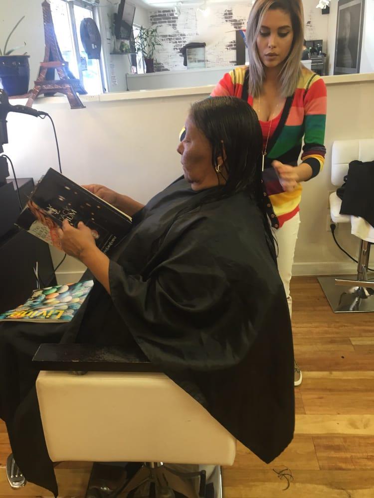 C bella hair salon barbers 9063 research blvd austin for Bella salon austin