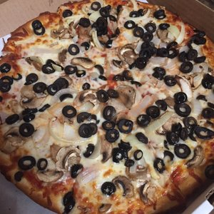 And the Winner of the Best Pizza is: Emilio's!