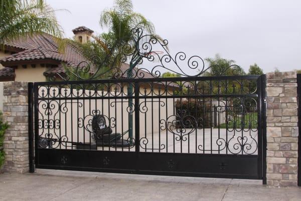 Jaguar Wrought Iron 300 Union Ave Bakersfield Ca Construction Building Contractors Mapquest