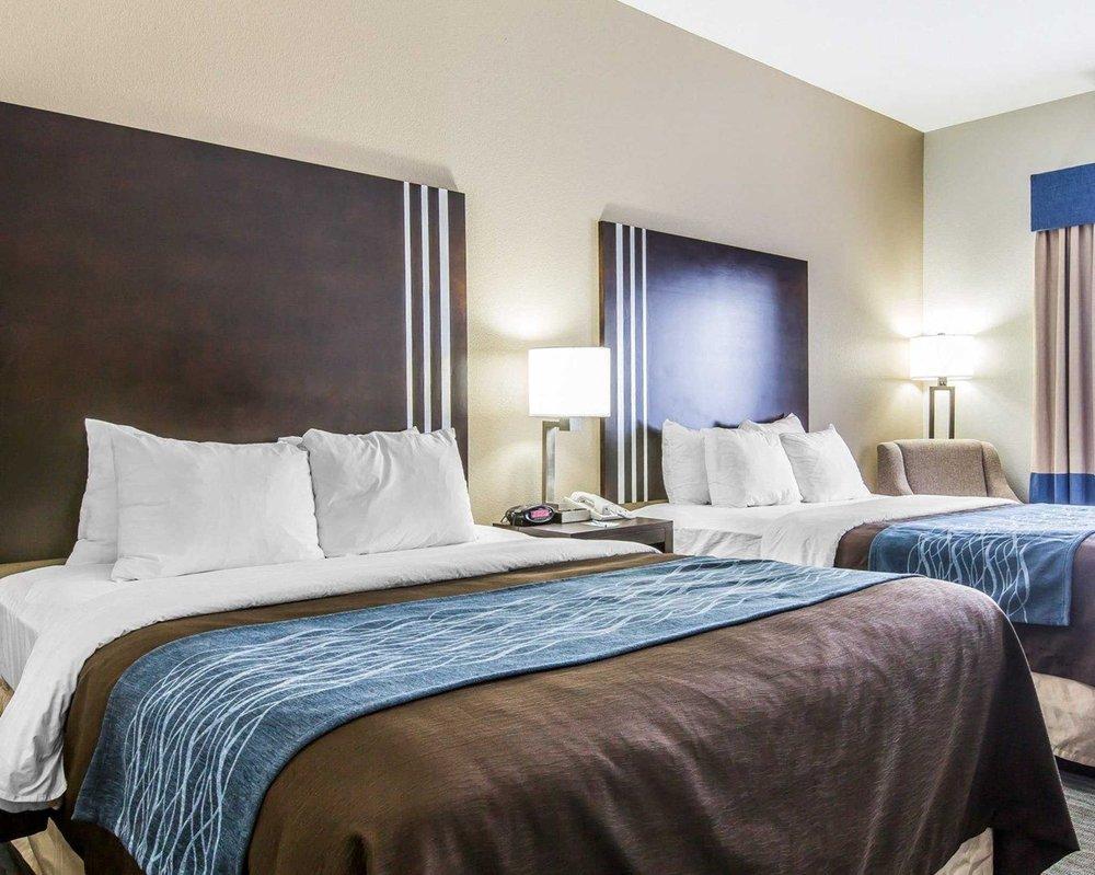 Comfort Inn: 736 South Service Rd, Sullivan, MO