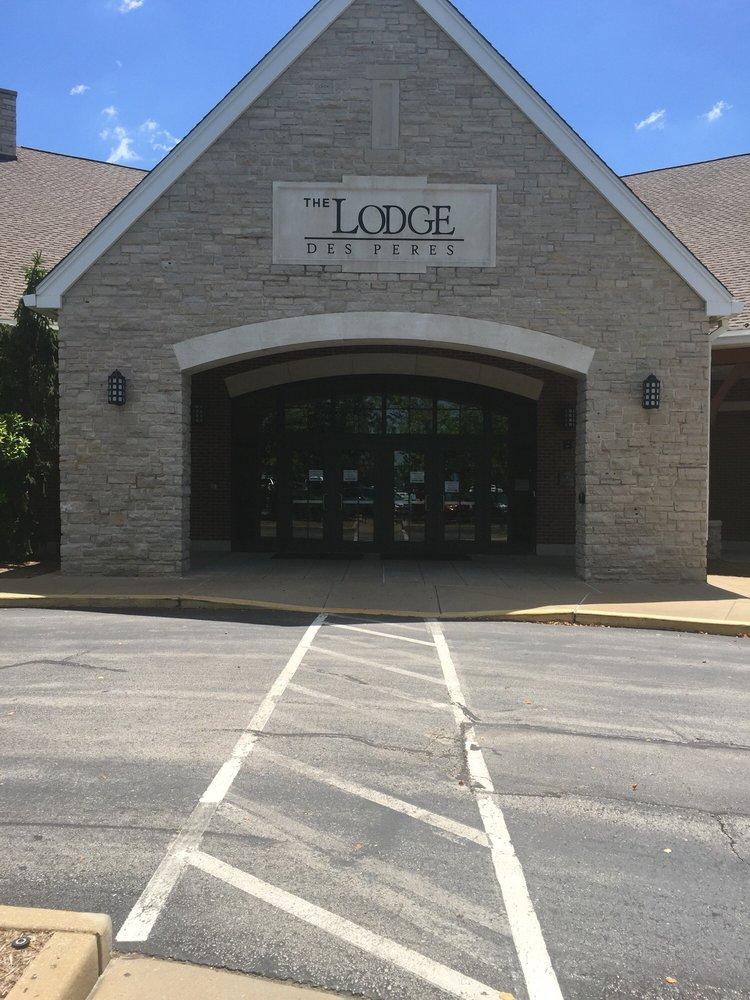 The Lodge Des Peres: 1050 Des Peres Rd, Des Peres, MO