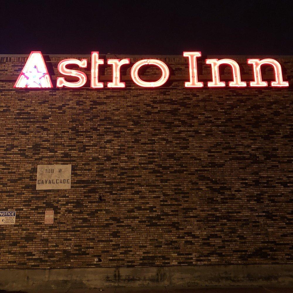 Astro Inn