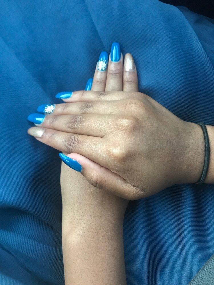 Lovely Nails: 459 Oro Dam Blvd E, Oroville, CA