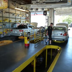 Pennzoil 10 Minute Oil Change - 72 Reviews - Oil Change Stations ...
