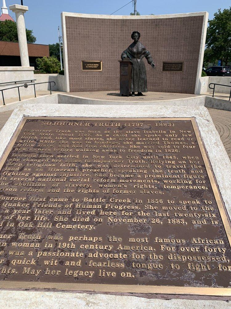 Monument Park: 110 E Michigan Ave, Battle Creek, MI