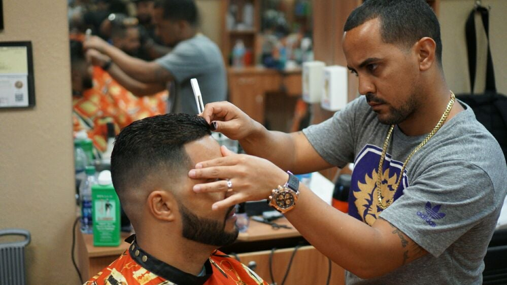 Elite Barbers 48 Photos 16 Reviews Barbers 1327 Fl Mall Ave