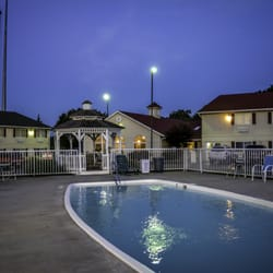 Photo Of Days Inn By Wyndham Osage Beach Lake The Ozarks