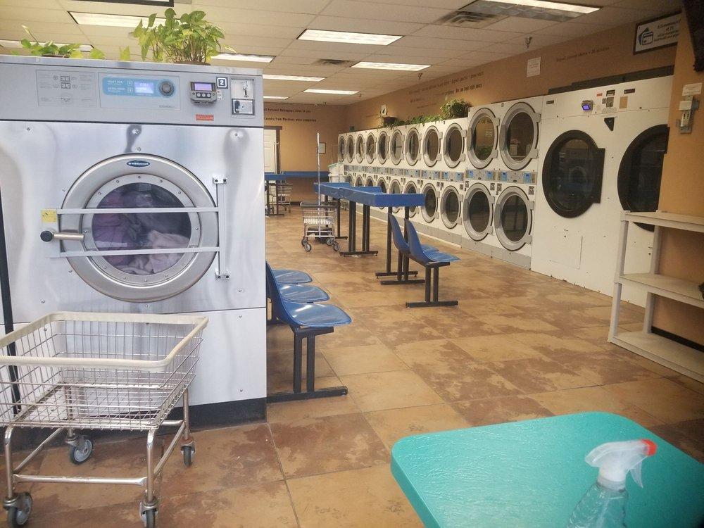Cedar Grove Laundromat: 1981 Silver Bell Rd, Eagan, MN
