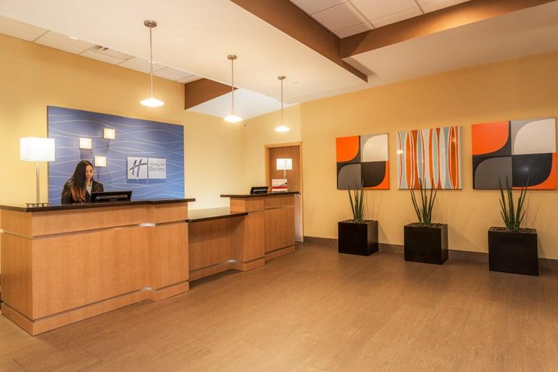 Holiday Inn Express  N Federal Hwy Dania Beach Fl