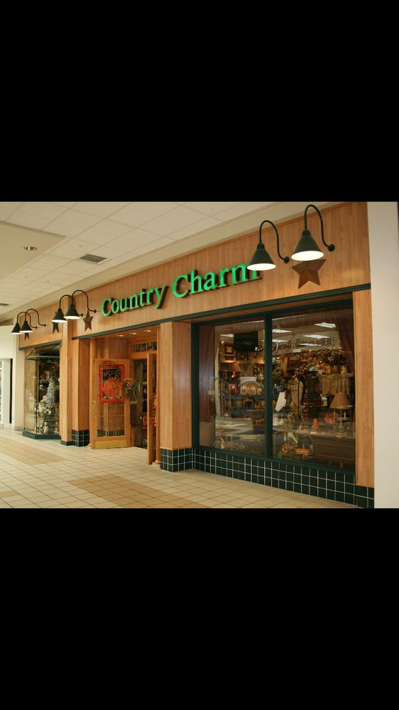 Country Charm Boutique-Muncie: 3501 N Granville Ave, Muncie, IN