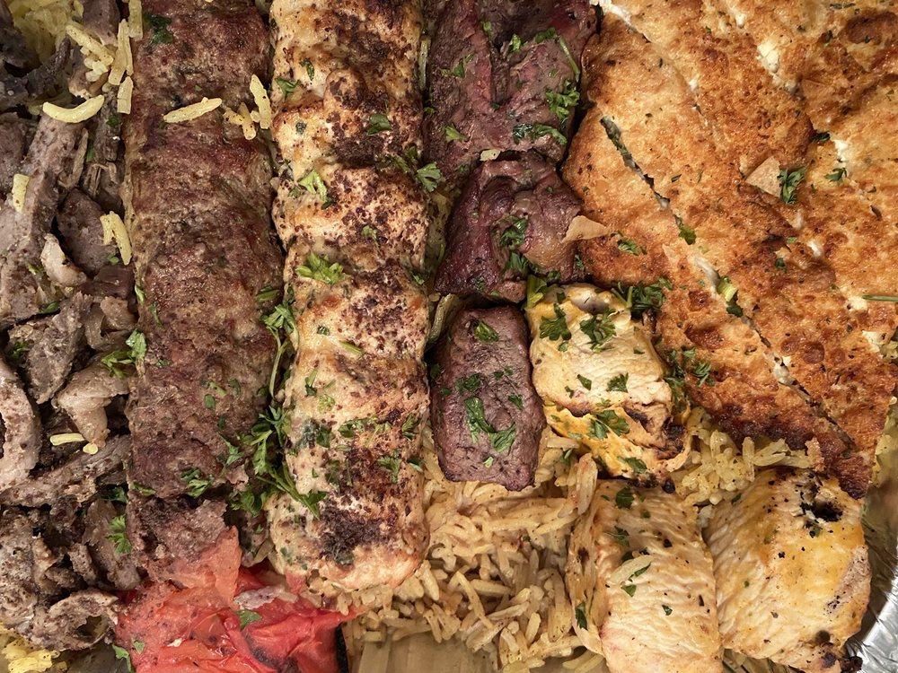 Aladdin Castle Mediterranean Cuisine: 7231 Chicago Rd, Warren, MI