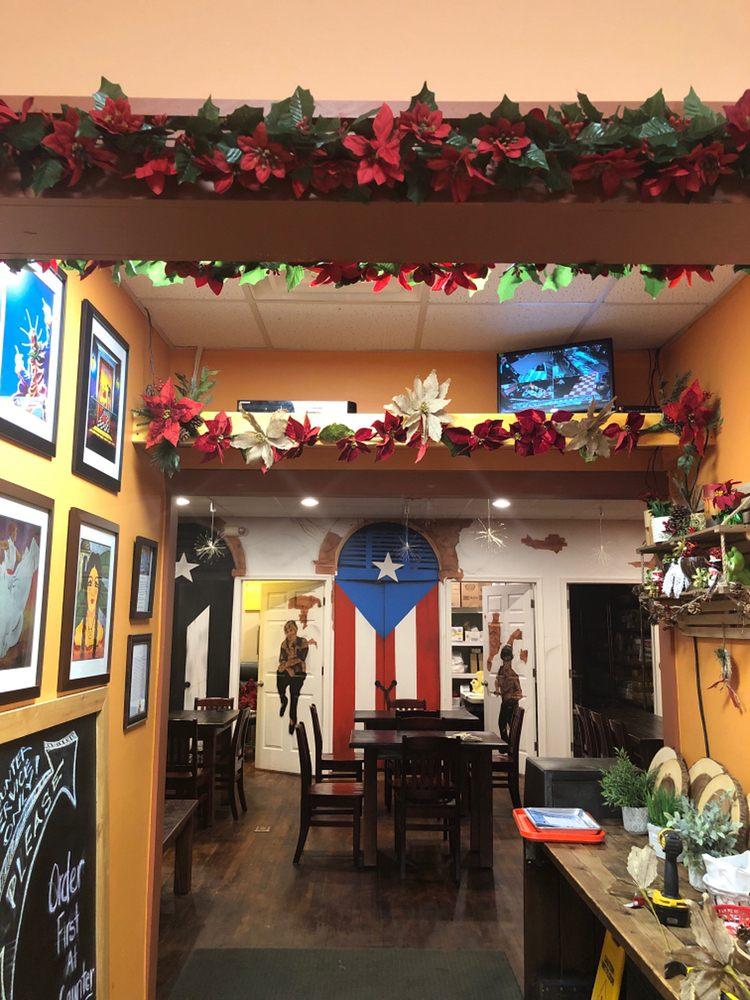 Food from El Rincon Caribe