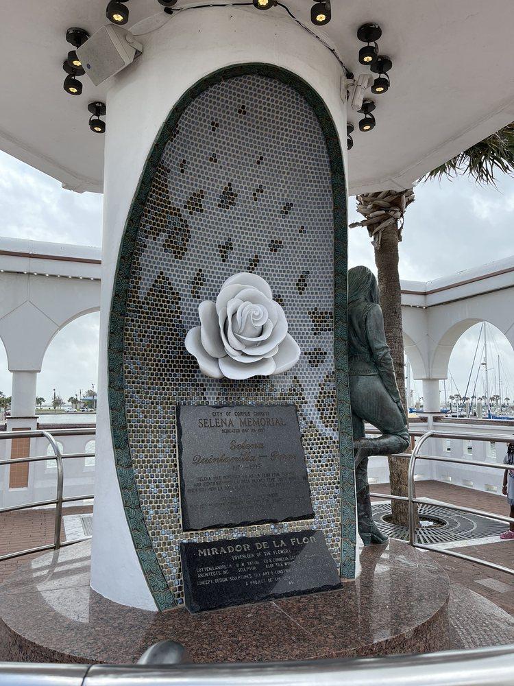 Selena Memorial Statue: N Shoreline Blvd Peoples St, Corpus Christi, TX