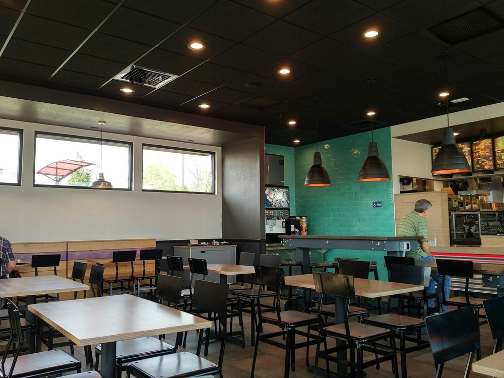 Taco Bell: 6080 S Lindbergh Blvd, St. Louis, MO