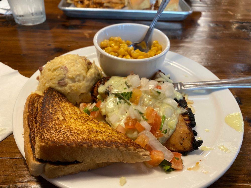 Hickory Tree Grill: 101 N Main St, Joshua, TX