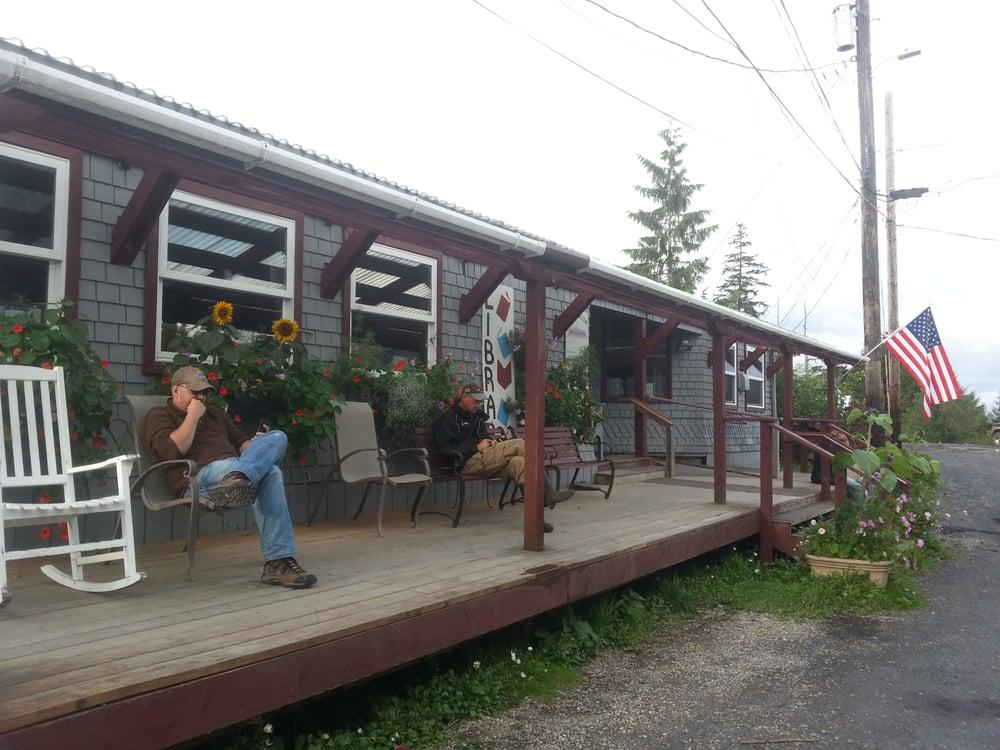Coffman Cove Community Library: Coffman Cove, AK