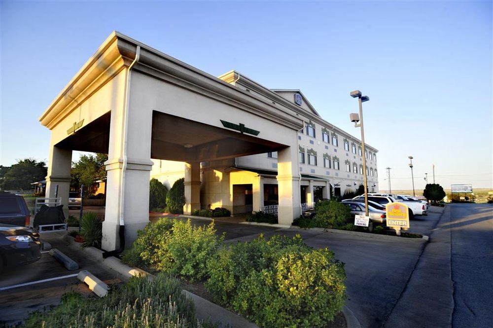 Best Western Plus Shamrock Inn & Suites: 1802 N Main St, Shamrock, TX
