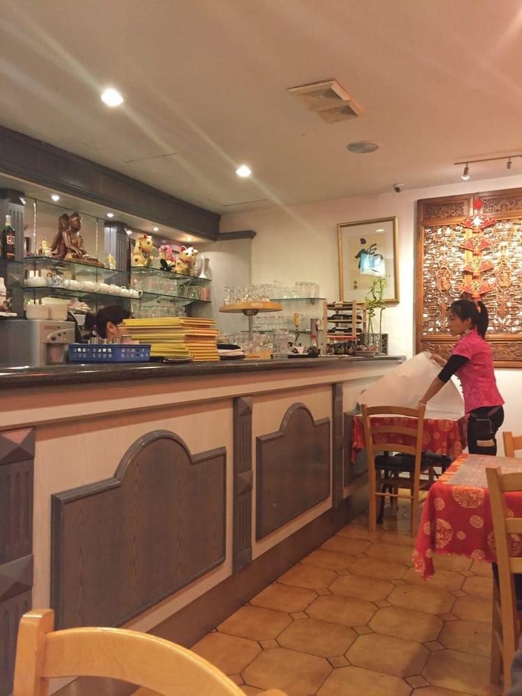 Restaurant hungky kinamat 16 rue de fribourg gen ve for Apprentissage cuisine geneve