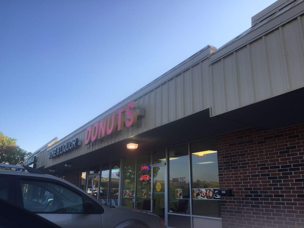 A One Donuts: 14473 NE 23rd St, Choctaw, OK