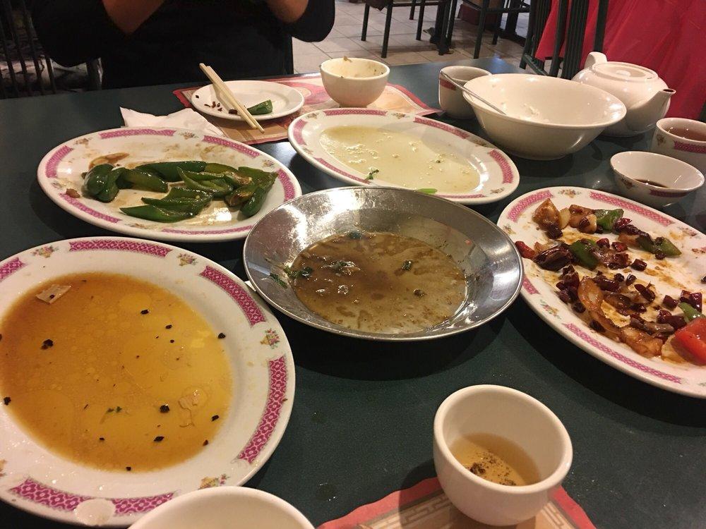 Man Yuen Szechuan Restaurant: 3226 Sandwich Street, Windsor, ON