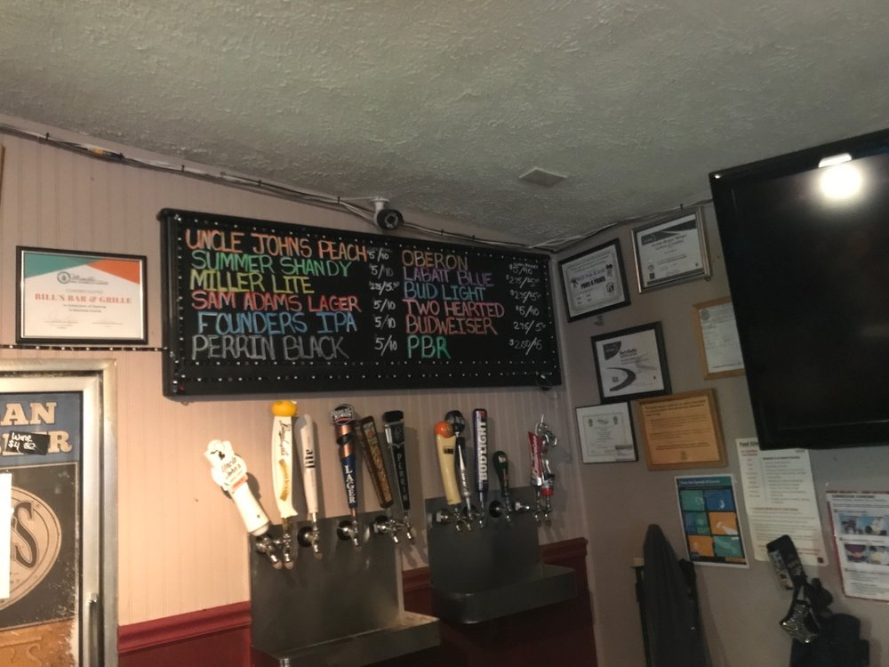 Bill's Bar & Grill: 522 Ramsdell St, Manistee, MI
