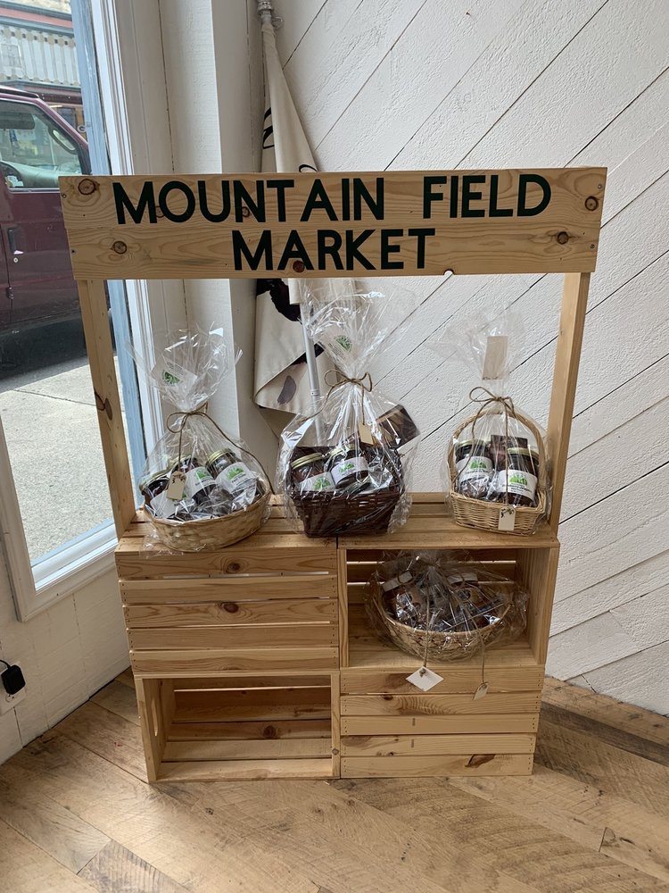 Mountain Field Market: 431 E Ridgeway St, Clifton Forge, VA