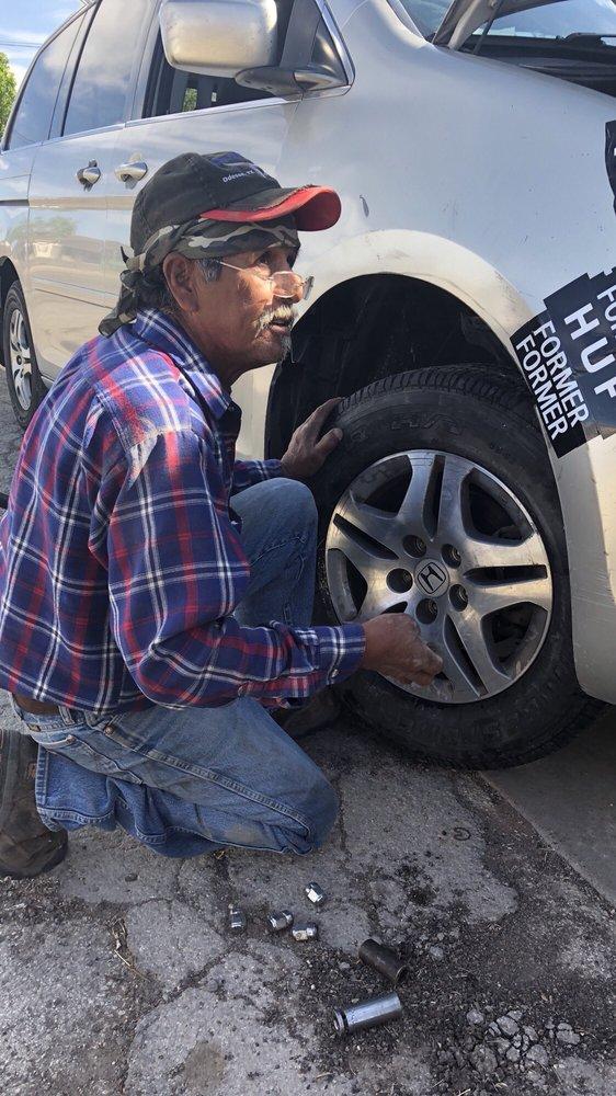 Martin's Auto Repair: Balmorhea, TX