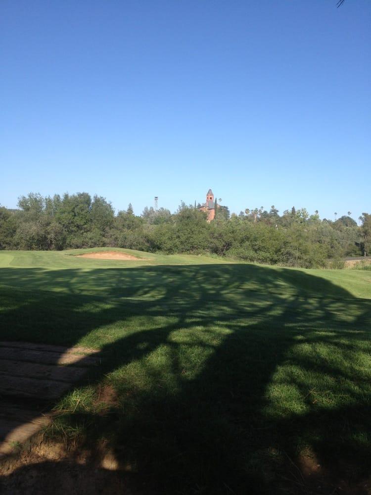 Castle Oaks Golf Club