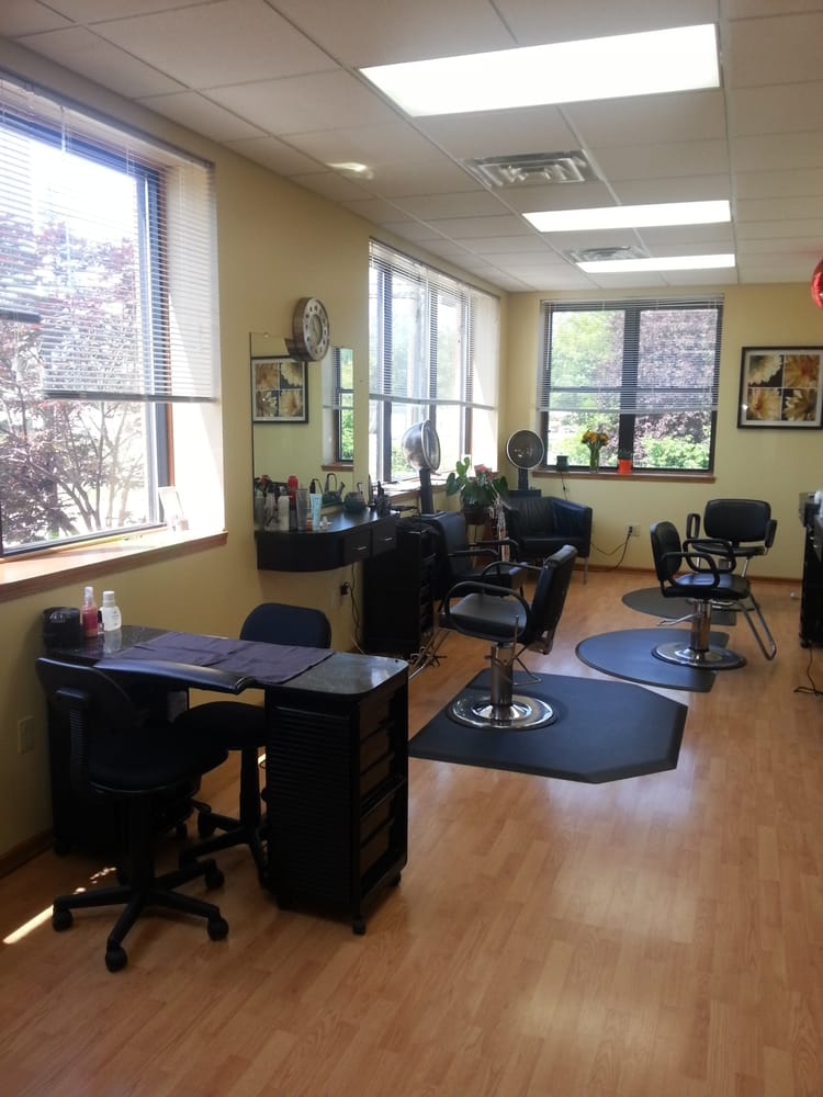 Envision salon hair salons 10300 royalton rd north for A salon named desire