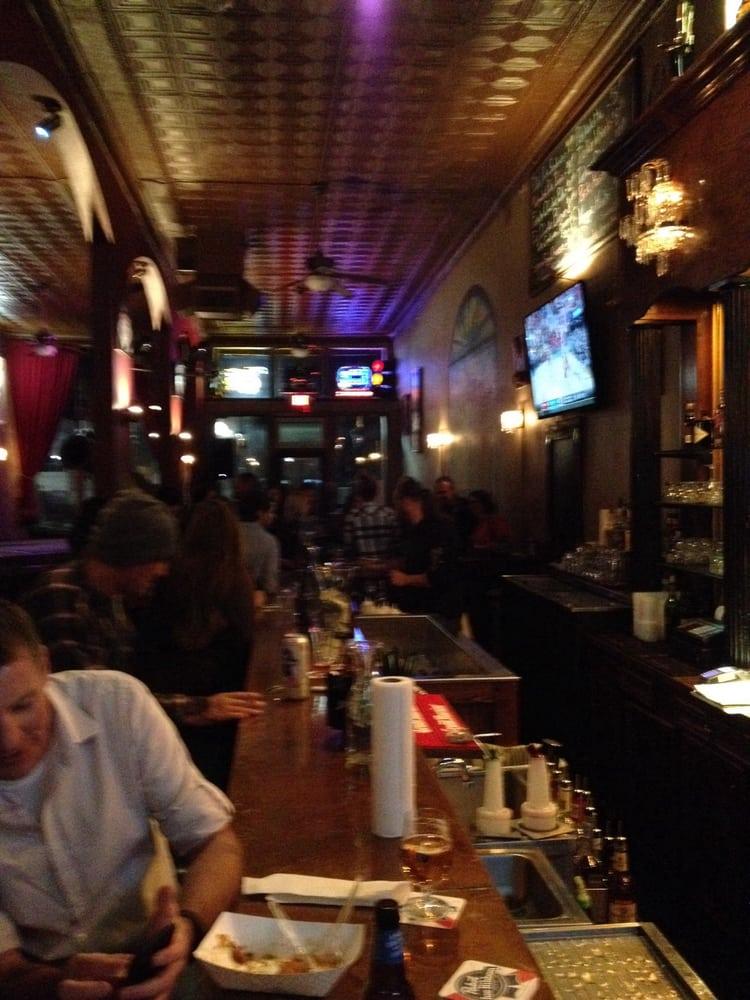 Four Quarter Bar