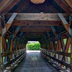 Arista way bridge