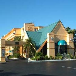 Photo Of Howard Johnson Resort Hotel By Wyndham St Pete Beach Fl Saint Petersburg