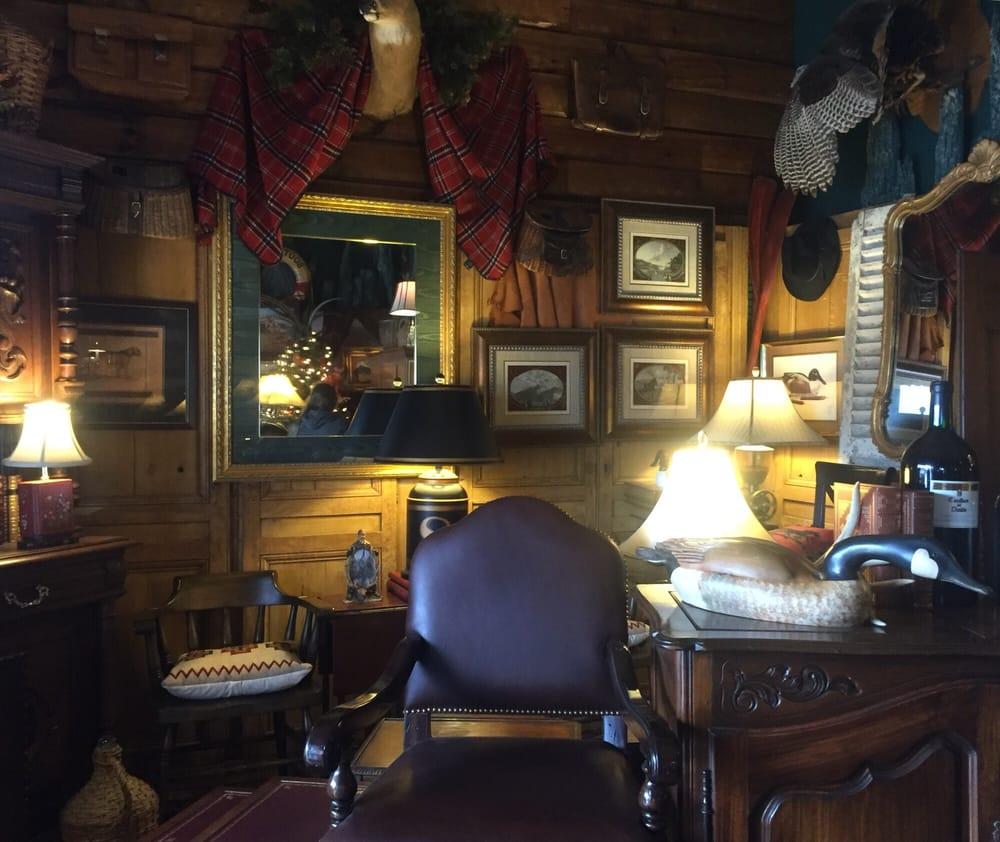 Polo-Lodge Antiques