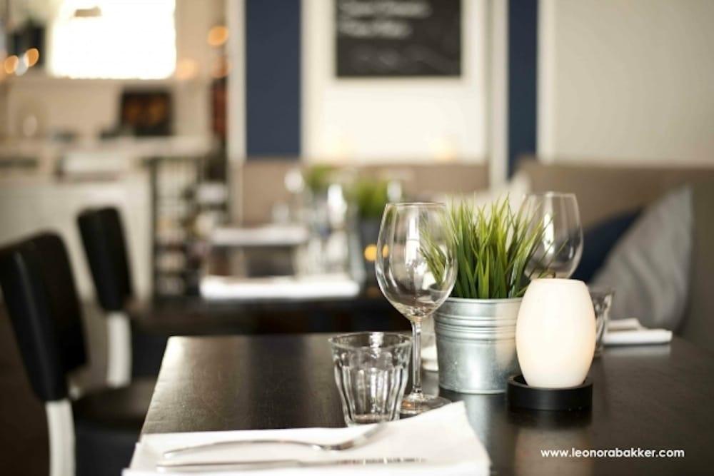 Eetkamer Van Scheveningen : De eetkamer van scheveningen french marcelisstraat a den