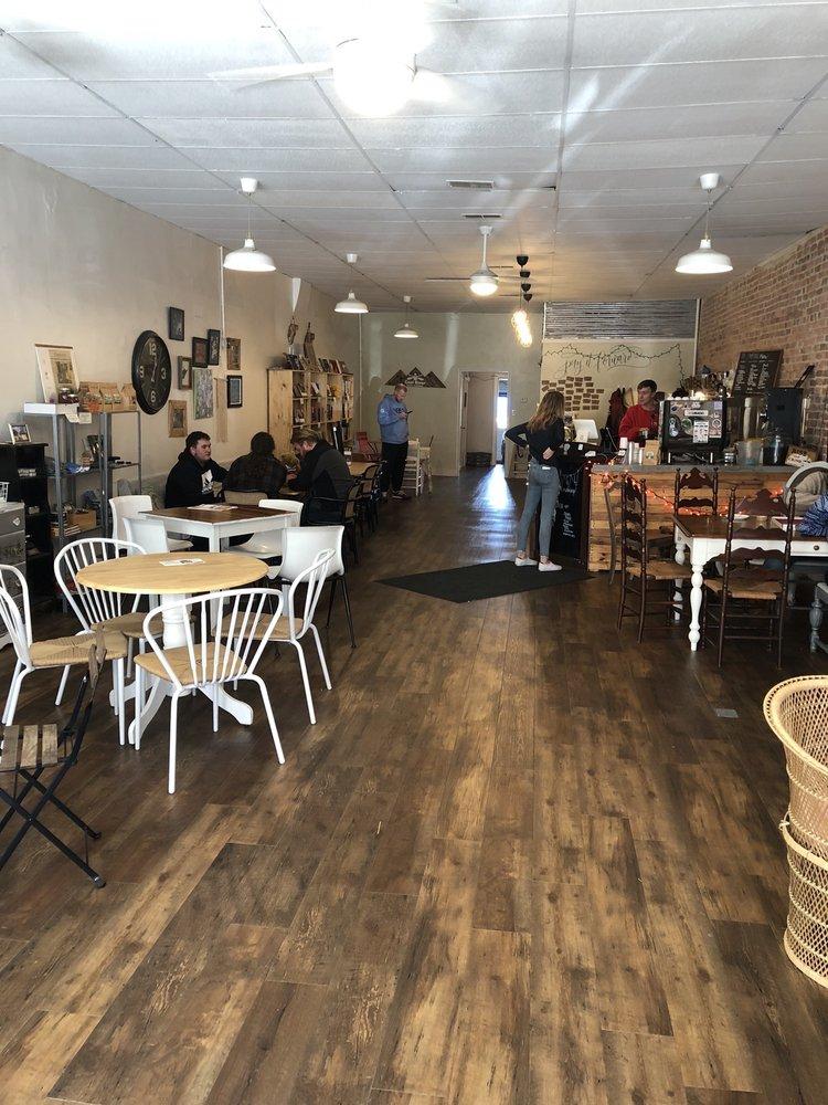 Coal River Coffee Company: 64 Olde Main Plz, Saint Albans, WV