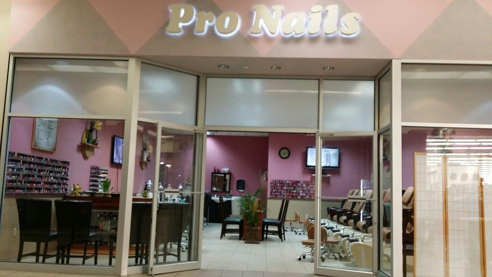 Pro-Nails: 2060 Crossroads Blvd, Waterloo, IA